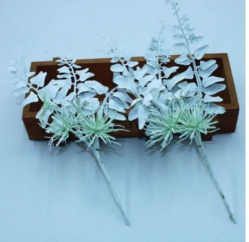 Corsage pick white per stuk Witte corsage