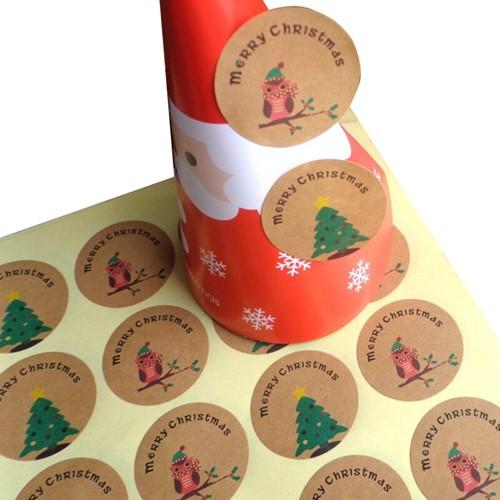 120 Stickers Labels Merry Christmas rond kraft Kerst sluitsticker