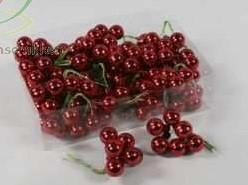 Balletjes op draad 2 cm. Ossenbloedrood GLANS /doos 144 stuks Kerstballen 2 cm.