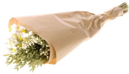 Droogbloemenboeket naturel white. haver, acroclinium, gyps  Droogbloemenpakket in kraft