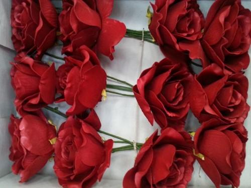 foamrose Sophie Rood Red 15 cm. / DOOS12 foamrose Sophie