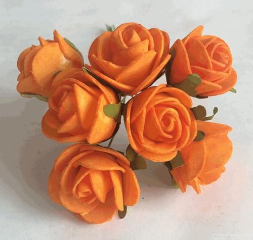 foam roos MIDI 3 cm. Oranje/ doos 84 iets roest aan steeltje, van E 14.99 voor E 9.99