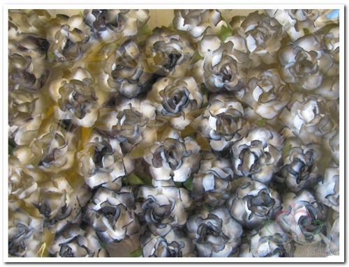 Mulberry roosje Black-White 2 tone 3, 5cm. Pak50 Mulberry roosje