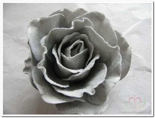 foam Rose Sophie 15cm. snow Grey Doos12 voordeelpak